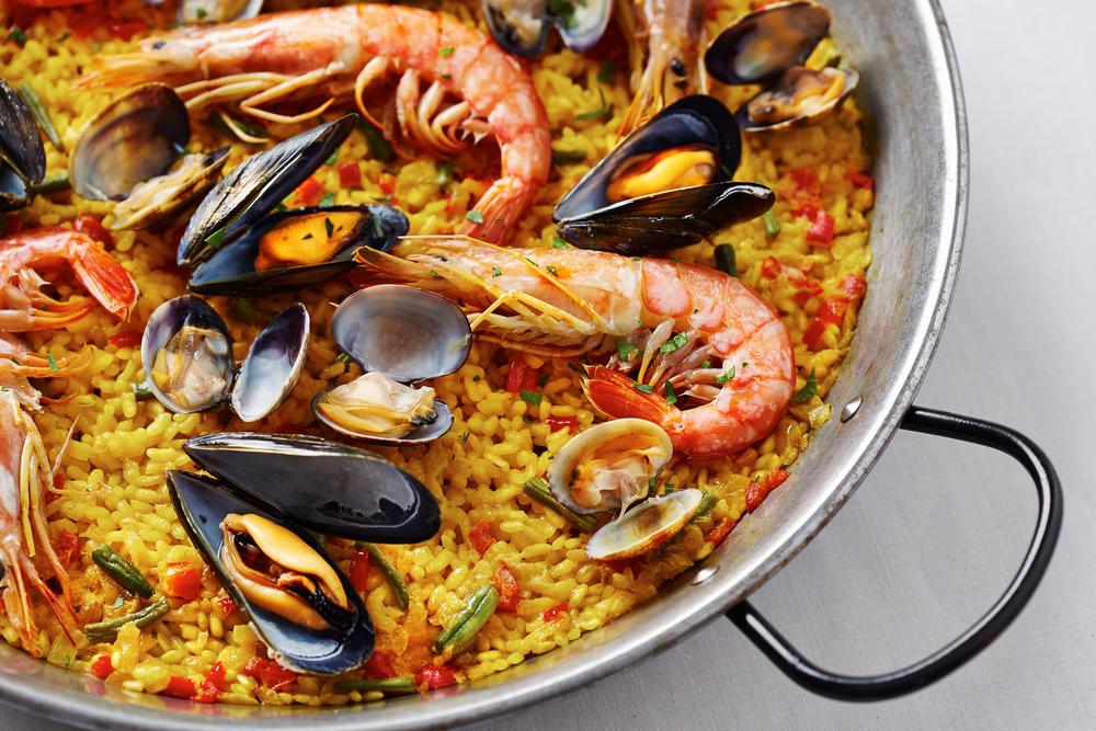 Paella ist ein typisches Gericht der Mittelmeer-Diät
